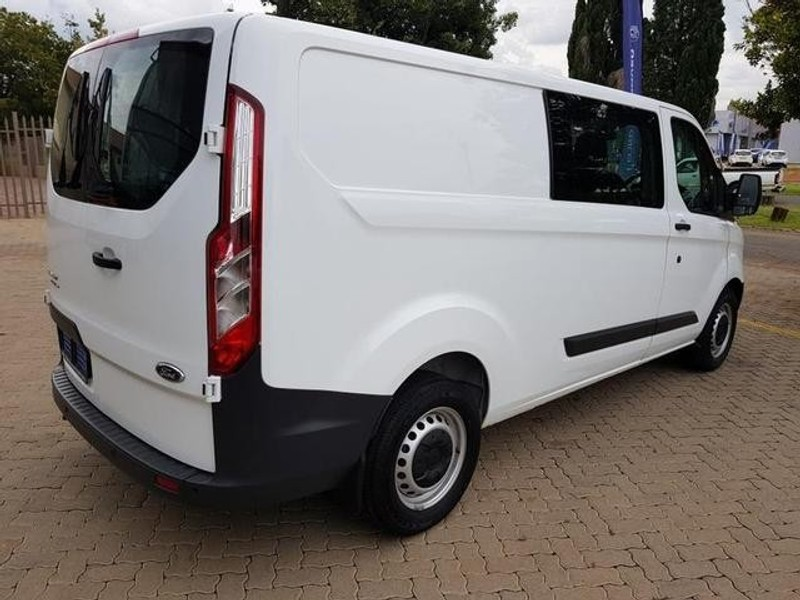 used ford transit custom kombi 2 2 tdci ambiente lwb 92kw. Black Bedroom Furniture Sets. Home Design Ideas