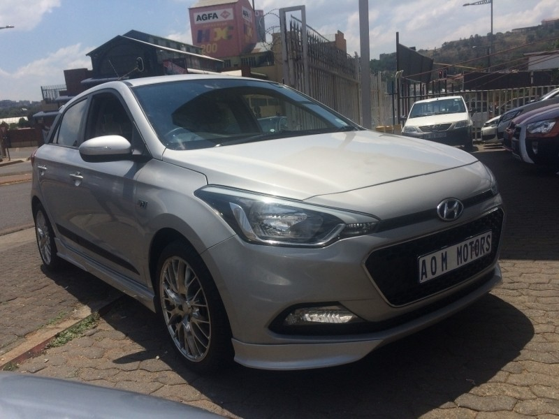 used hyundai i20 1 4 n series for sale in gauteng id 3118137. Black Bedroom Furniture Sets. Home Design Ideas