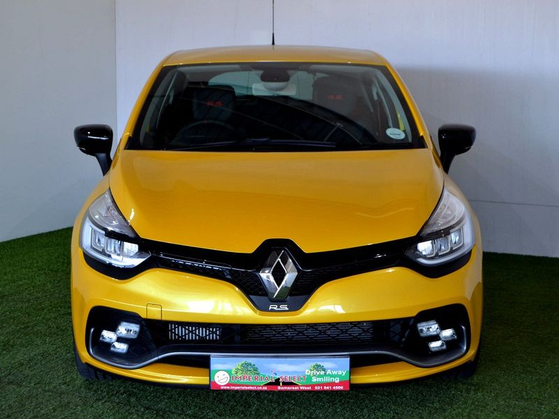 used renault clio iv 1 6 rs 220 edc trophy for sale in western cape id 3123137. Black Bedroom Furniture Sets. Home Design Ideas