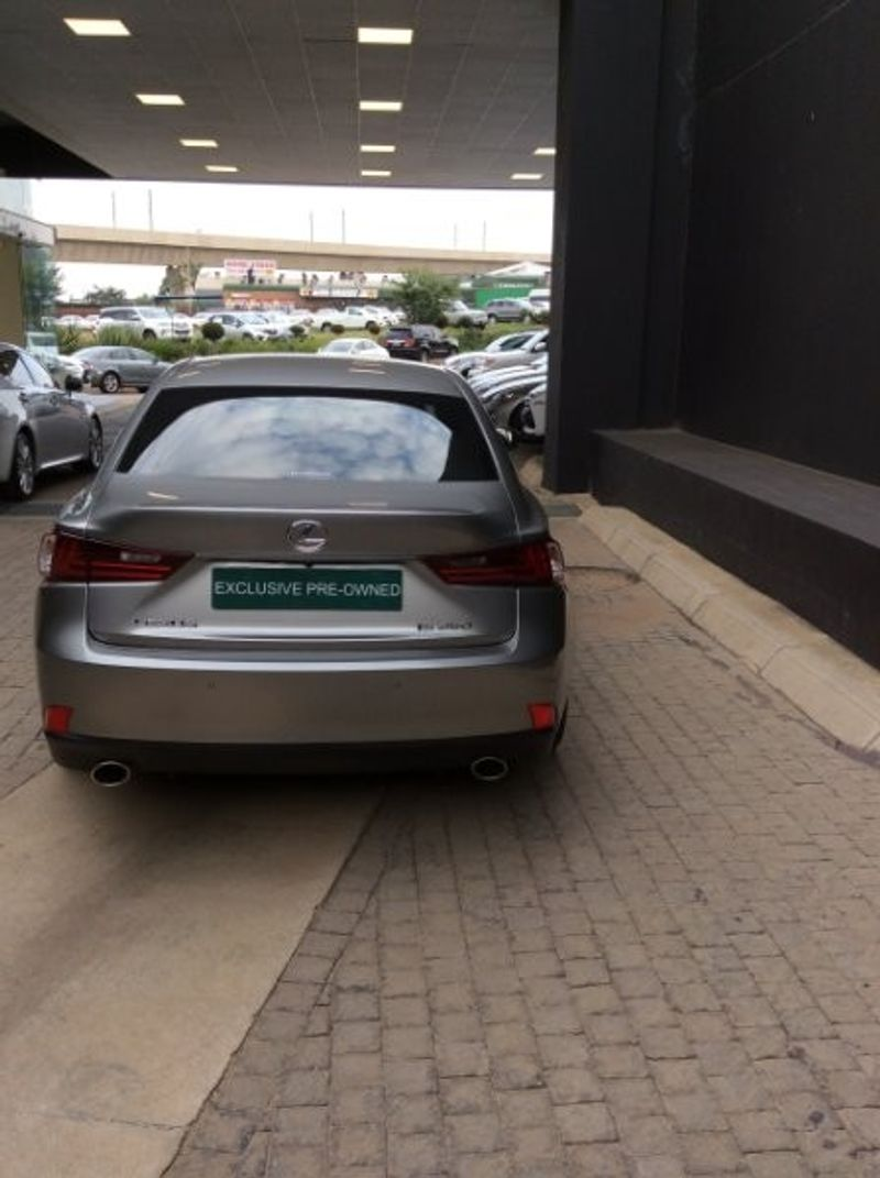 used lexus is 350 f sport for sale in gauteng id 3136487. Black Bedroom Furniture Sets. Home Design Ideas