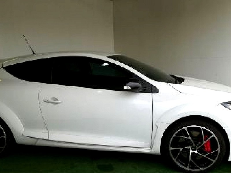 used renault megane iii rs 265 cup 3dr for sale in gauteng id 3143583. Black Bedroom Furniture Sets. Home Design Ideas