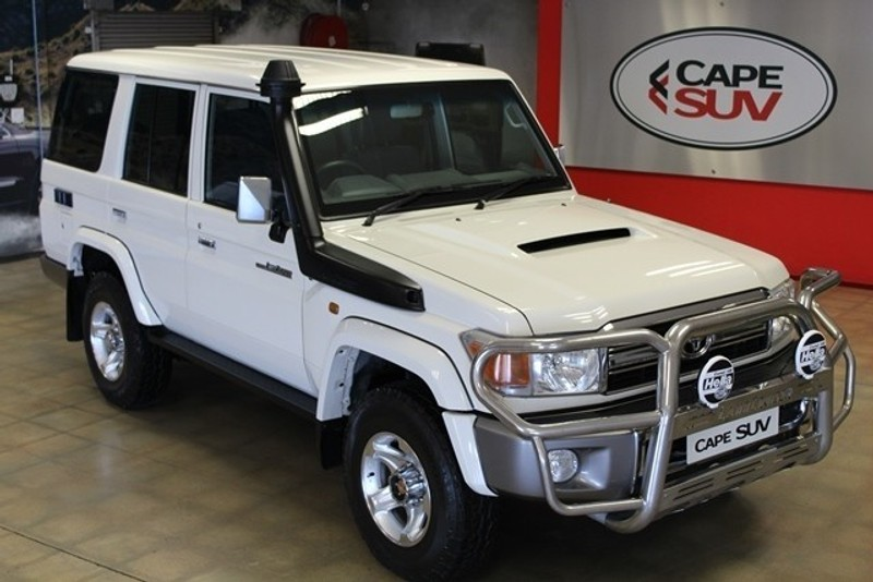 used toyota land cruiser 70 4 5d v8 s w for sale in western cape id 3146217. Black Bedroom Furniture Sets. Home Design Ideas