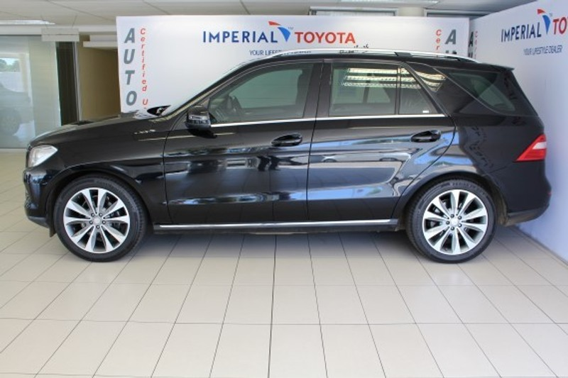 Used mercedes benz m class ml 250 bluetec for sale in for Mercedes benz blue window tint