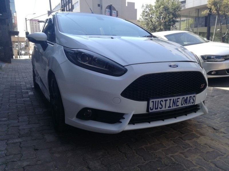used ford fiesta st cash only for sale in gauteng id 3147785. Black Bedroom Furniture Sets. Home Design Ideas