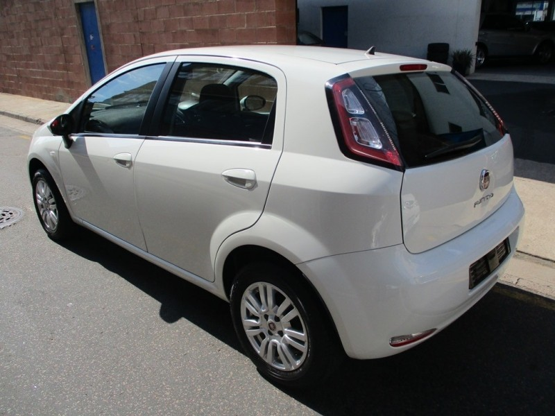 used fiat punto 1 4 easy 5dr for sale in kwazulu natal id 3152659. Black Bedroom Furniture Sets. Home Design Ideas