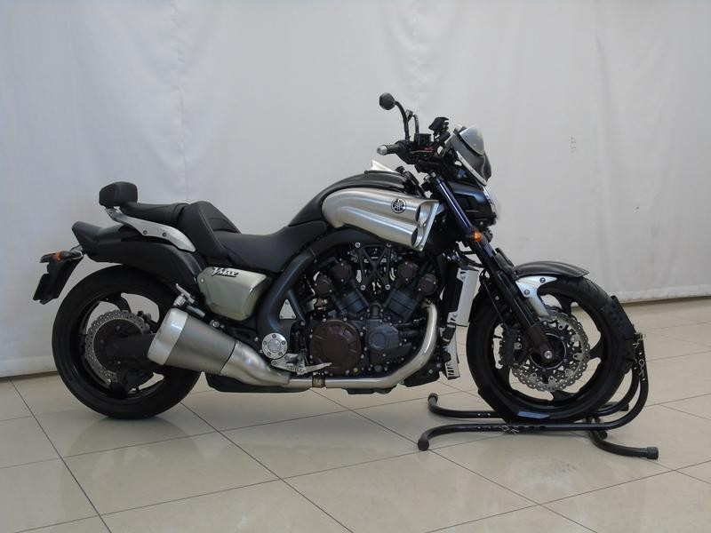 used yamaha vmax 1700 for sale in gauteng id 3155199. Black Bedroom Furniture Sets. Home Design Ideas