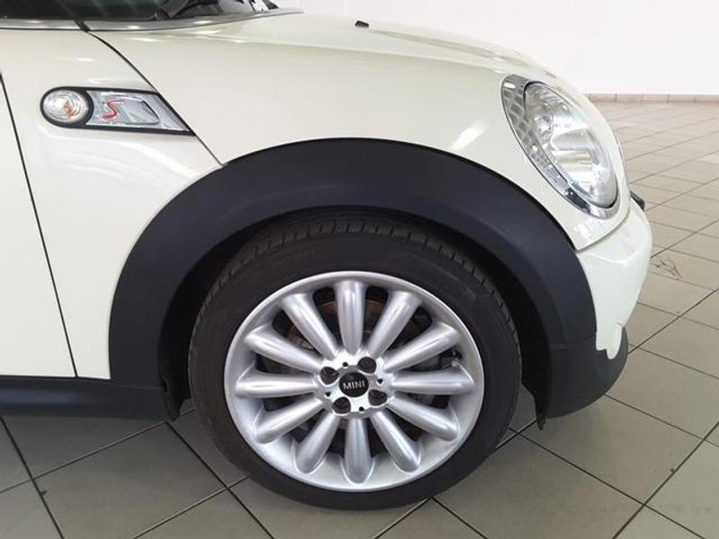 used mini cooper s s for sale in gauteng id 3157885. Black Bedroom Furniture Sets. Home Design Ideas