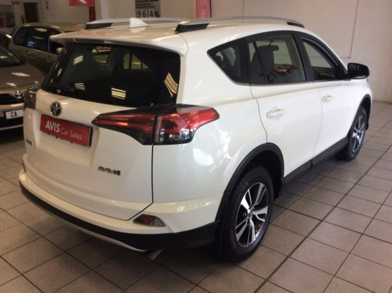Used toyota rav 4 2 0 gx auto for sale in eastern cape for Easterns automotive group eastern motors