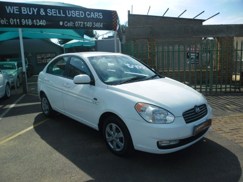 Used hyundai accent 1 6 gls for sale in gauteng for Garage hyundai 78