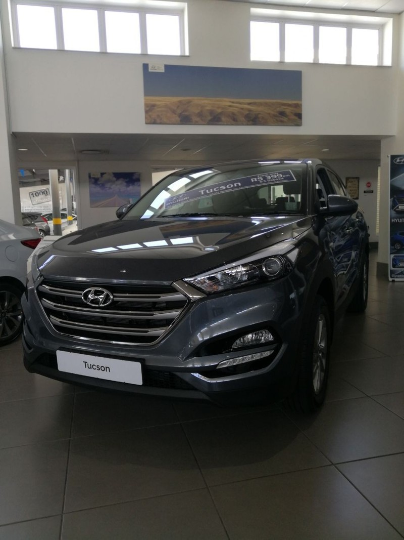 Used hyundai tucson 2 0 premium for sale in free state for Motor vehicle department tucson