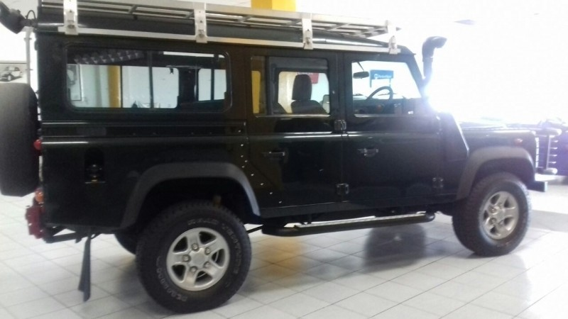Used Land Rover Defender 110 2 5 Tdi Csw For Sale In Western Cape Cars Co Za Id 3165841