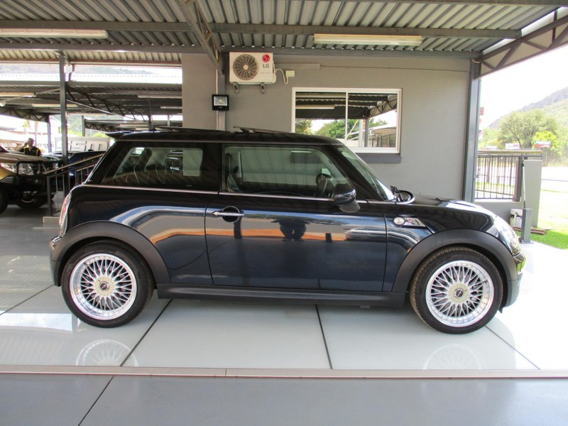 used mini cooper s for sale in gauteng id 3168449. Black Bedroom Furniture Sets. Home Design Ideas
