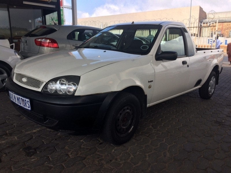 Used Ford Bantam 1.6i P/u S/c for sale in Gauteng - Cars ...
