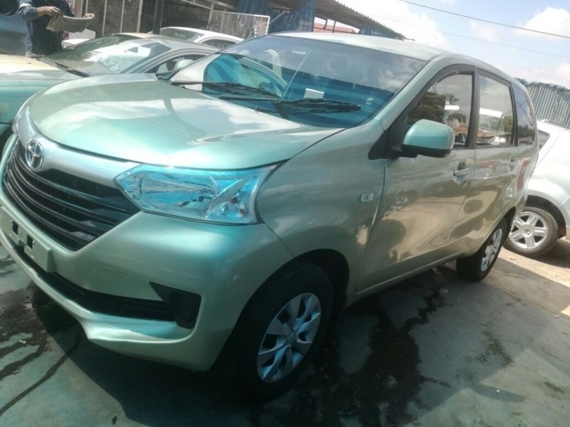 used toyota avanza auto cash only for sale in gauteng id 3170131. Black Bedroom Furniture Sets. Home Design Ideas