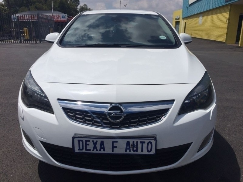 Used Opel Astra 1 6 Sport 5dr For Sale In Gauteng Cars