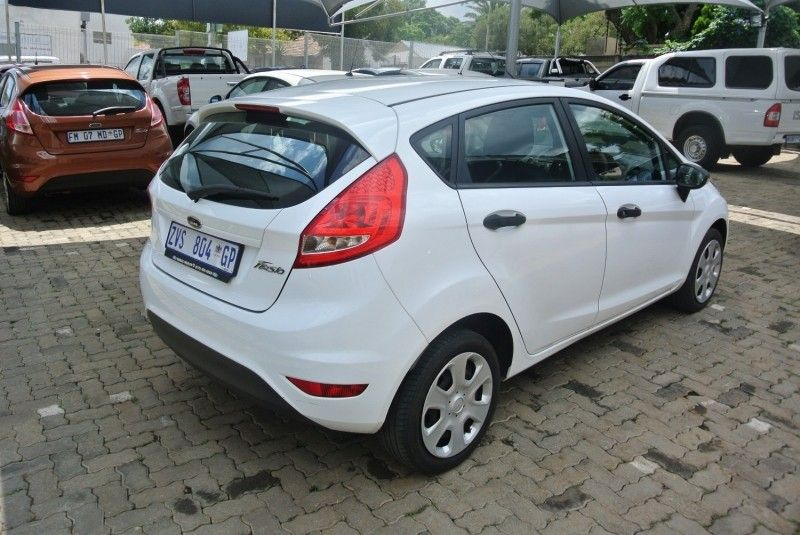 used ford fiesta trend 5dr for sale in gauteng id 3175275. Black Bedroom Furniture Sets. Home Design Ideas