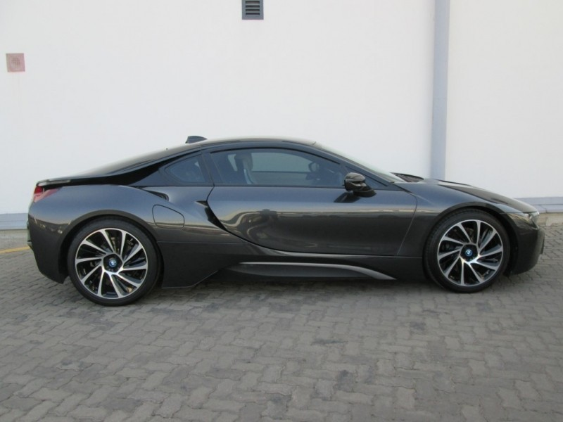 used bmw i8 for sale in gauteng id 3177159. Black Bedroom Furniture Sets. Home Design Ideas