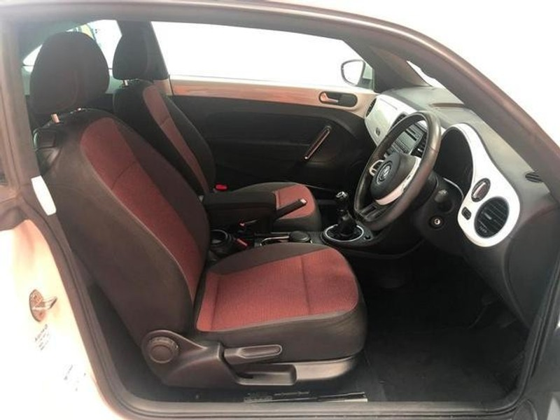 used volkswagen beetle 1 2 tsi design for sale in gauteng id 3177333. Black Bedroom Furniture Sets. Home Design Ideas