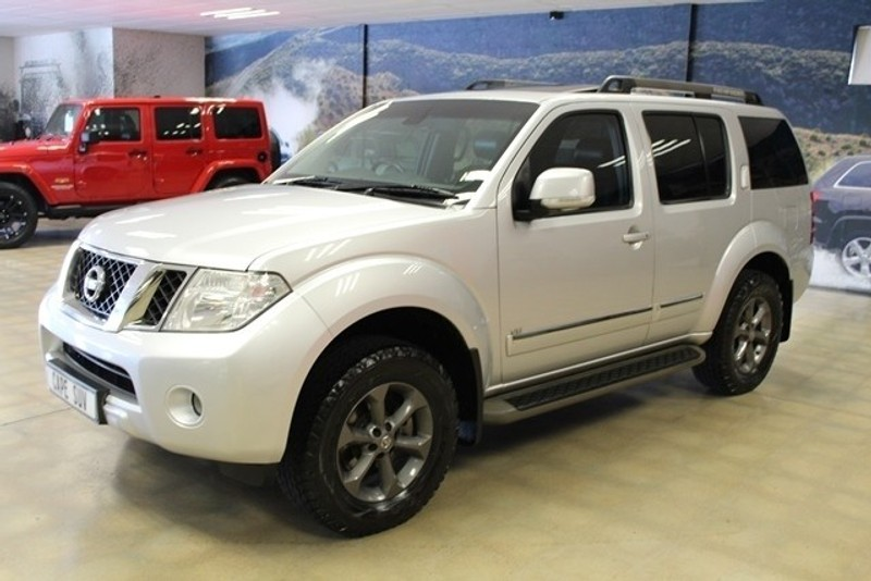 Used Nissan Pathfinder 3 0 Dci V6 Le A T For Sale In Western Cape Cars Co Za Id 3177627
