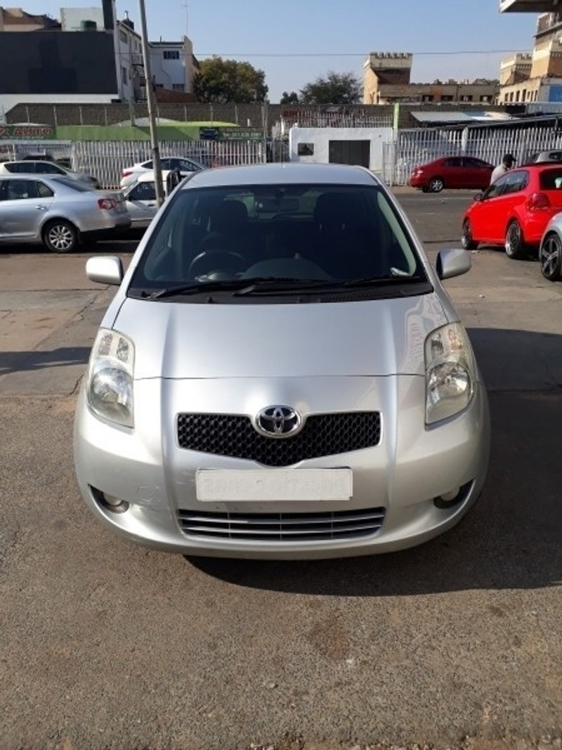used toyota yaris t3 automatic 2007 model for sale in gauteng id 3182371. Black Bedroom Furniture Sets. Home Design Ideas