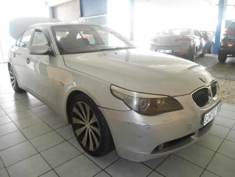 used bmw 5 series 550i a t e60 for sale in gauteng id 3182475. Black Bedroom Furniture Sets. Home Design Ideas