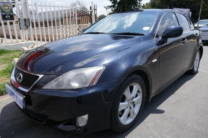 used lexus is 250 for sale in gauteng id 3184657. Black Bedroom Furniture Sets. Home Design Ideas