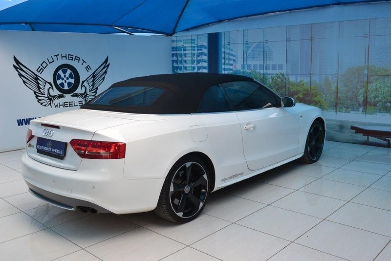 used audi s5 quattro cab stronic for sale in gauteng. Black Bedroom Furniture Sets. Home Design Ideas
