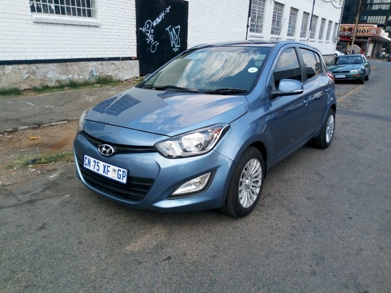 used hyundai i20 1 6 automatic comfort line for sale in gauteng id 3185281. Black Bedroom Furniture Sets. Home Design Ideas