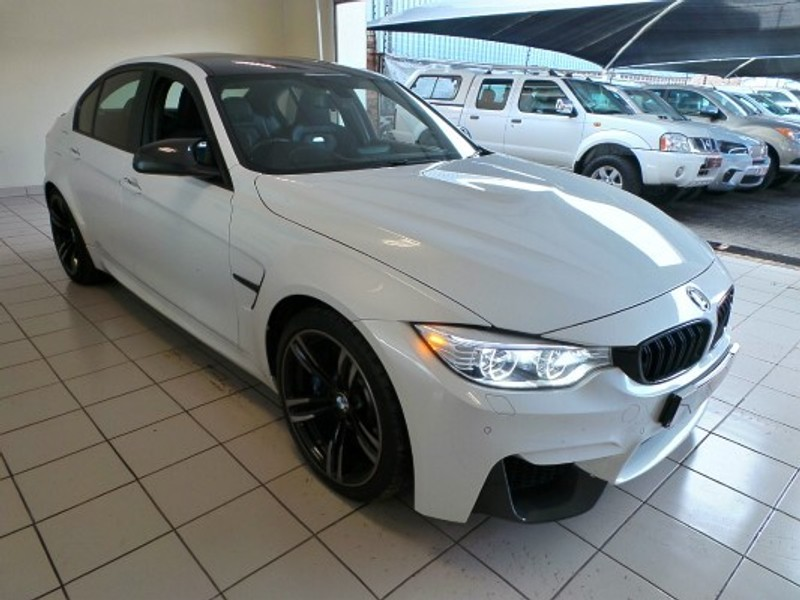 used bmw m3 m dct for sale in gauteng id 3186269. Black Bedroom Furniture Sets. Home Design Ideas