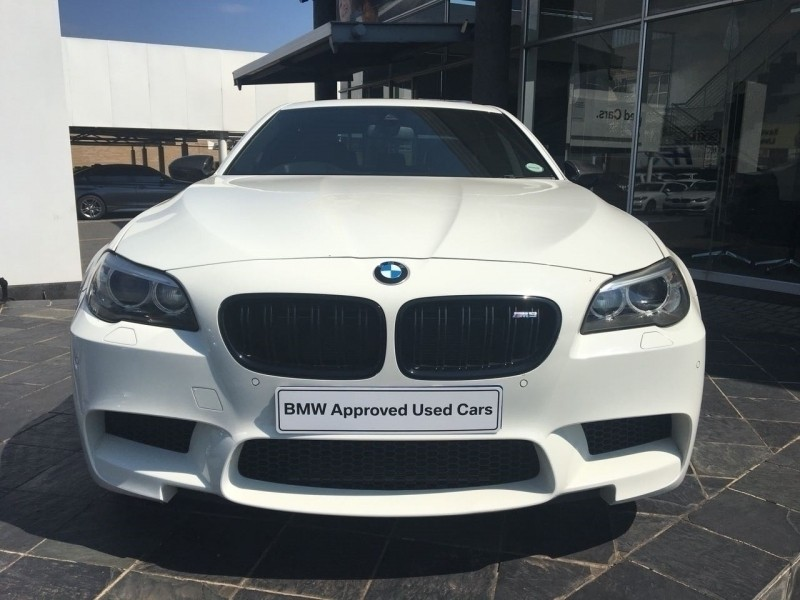 used bmw m5 m5 m dct for sale in gauteng id 3188805. Black Bedroom Furniture Sets. Home Design Ideas