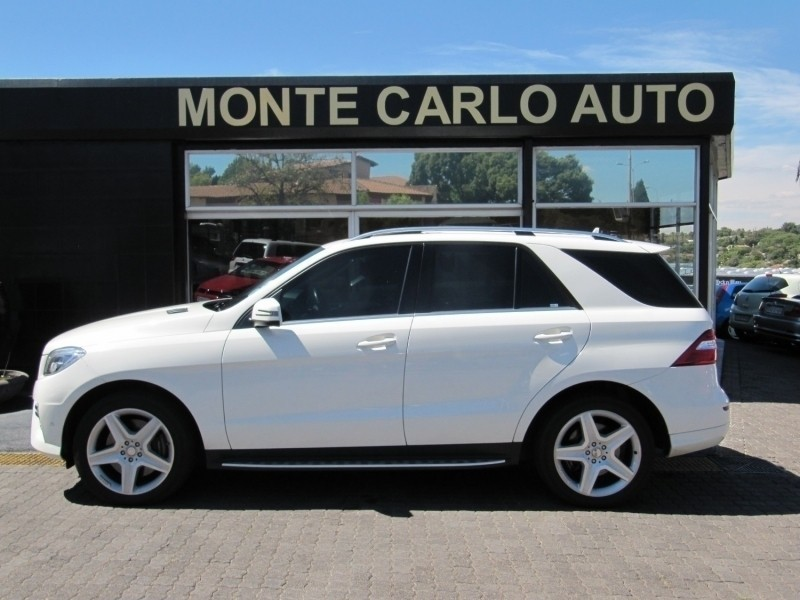 Used mercedes benz m class ml 350 bluetec for sale in for Mercedes benz blue window tint