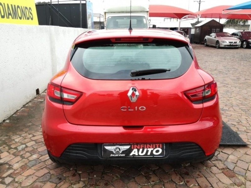 used renault clio 1 2 authentique for sale in gauteng id 3216813. Black Bedroom Furniture Sets. Home Design Ideas