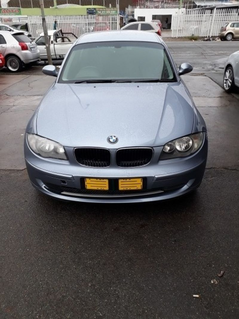 used bmw 1 series 120i 2011 model for sale in gauteng. Black Bedroom Furniture Sets. Home Design Ideas