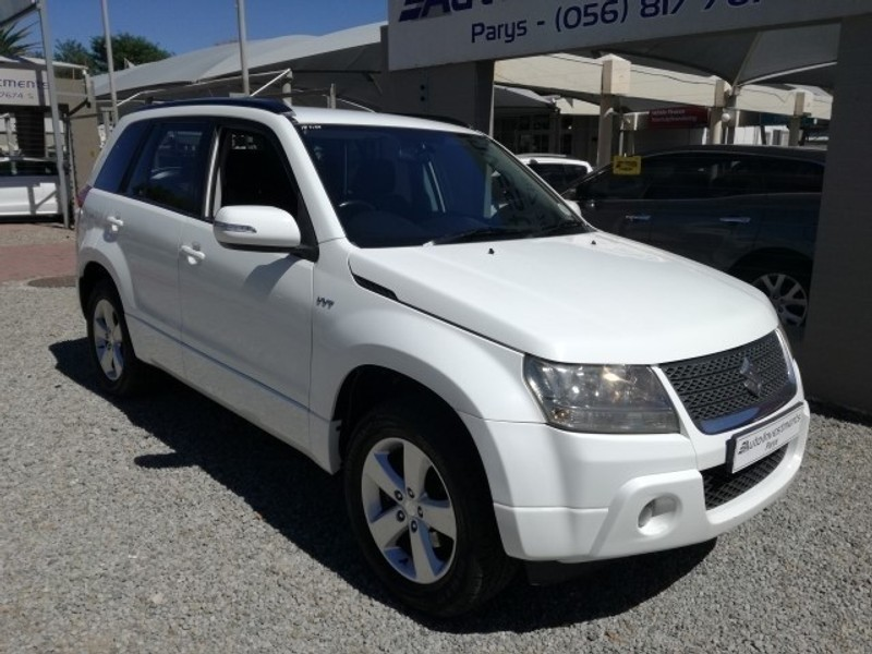 used suzuki grand vitara small little suv excellent condition for sale in gauteng cars. Black Bedroom Furniture Sets. Home Design Ideas