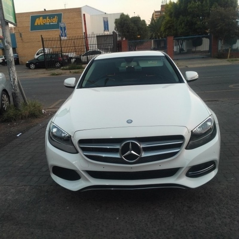 Used mercedes benz c class c180 auto for sale in gauteng for 2015 mercedes benz c class for sale