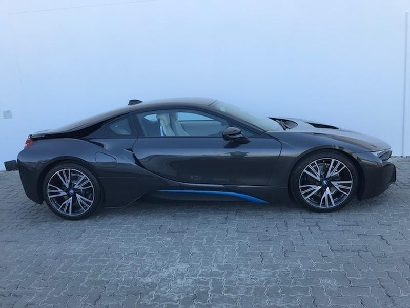 2017 bmw i8 reviews and rating motor trend - 800×600