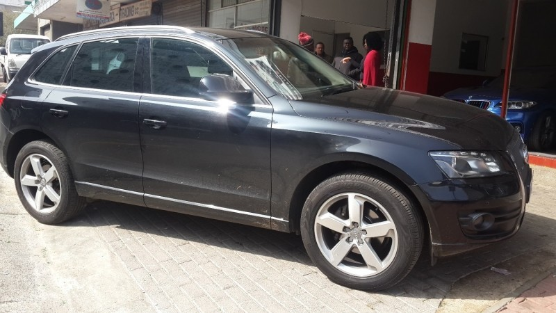 used audi q5 2 0 t fsi quattro s tronic for sale in gauteng id 3411376. Black Bedroom Furniture Sets. Home Design Ideas