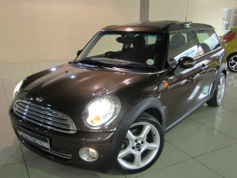 used mini cooper clubman for sale in gauteng id 3427306. Black Bedroom Furniture Sets. Home Design Ideas