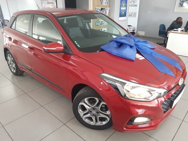 used hyundai i20 1 4 fluid satelite navigation for sale in north west province id. Black Bedroom Furniture Sets. Home Design Ideas