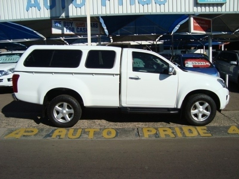 Used Isuzu KB Series 300 D-TEQ LX Extra Cab Bakkie for ...