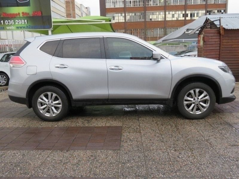 used nissan x trail visia 7s for sale in gauteng id 3478908. Black Bedroom Furniture Sets. Home Design Ideas