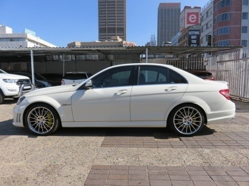 used mercedes benz c class c63 amg for sale in gauteng id 3490368. Black Bedroom Furniture Sets. Home Design Ideas