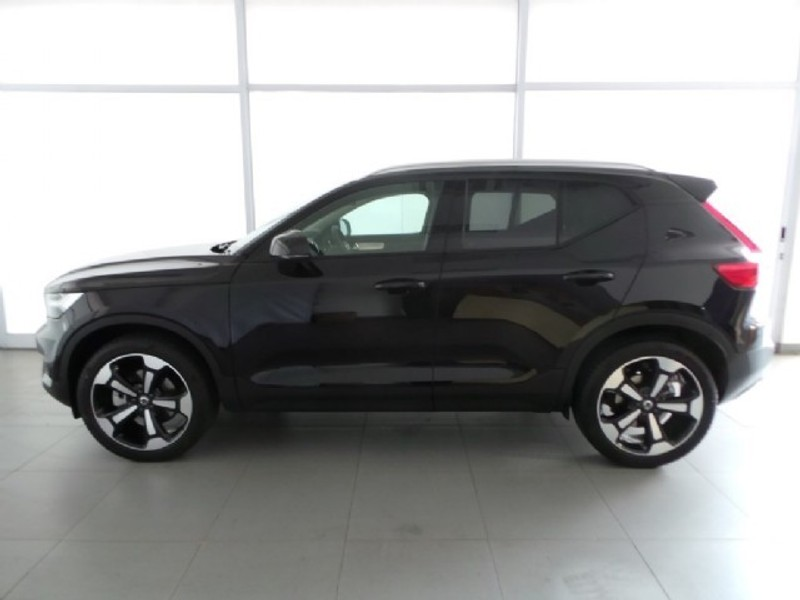 Used Volvo Xc40 D4 Momentum Awd For Sale In Western Cape