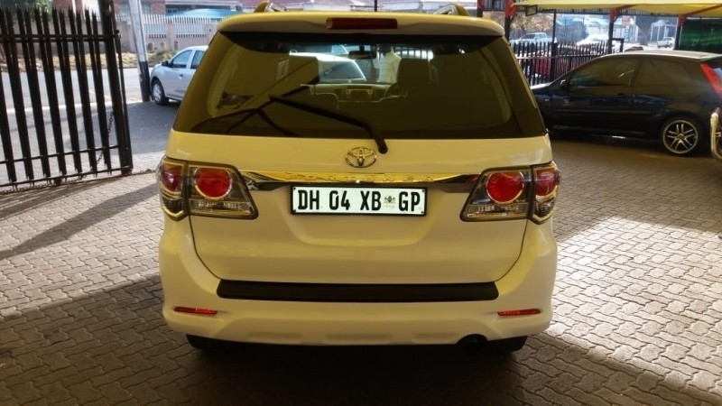 Used Toyota Fortuner 3 0d 4d R B For Sale In Gauteng Cars Co Za Id 3521094
