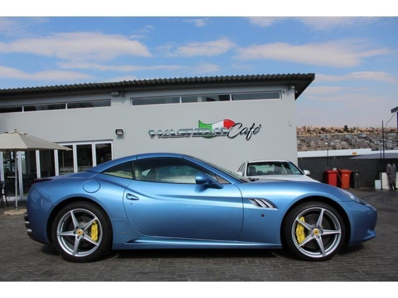 used ferrari california 2010 ferrari california a t for. Black Bedroom Furniture Sets. Home Design Ideas