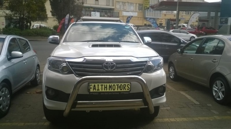 Used Toyota Fortuner 2 5d 4d Automatic For Sale In Gauteng Cars Co Za Id 3617684