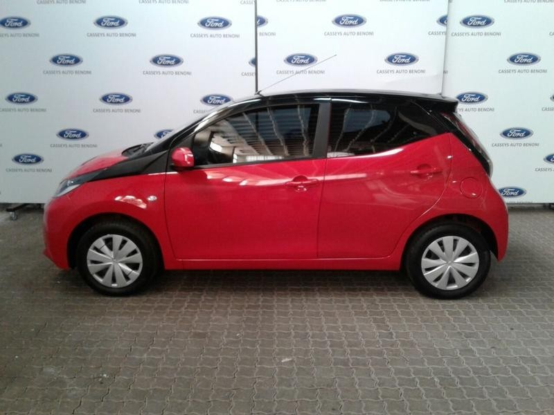 used toyota aygo 1 0 x play 5 door for sale in gauteng id 3636698. Black Bedroom Furniture Sets. Home Design Ideas