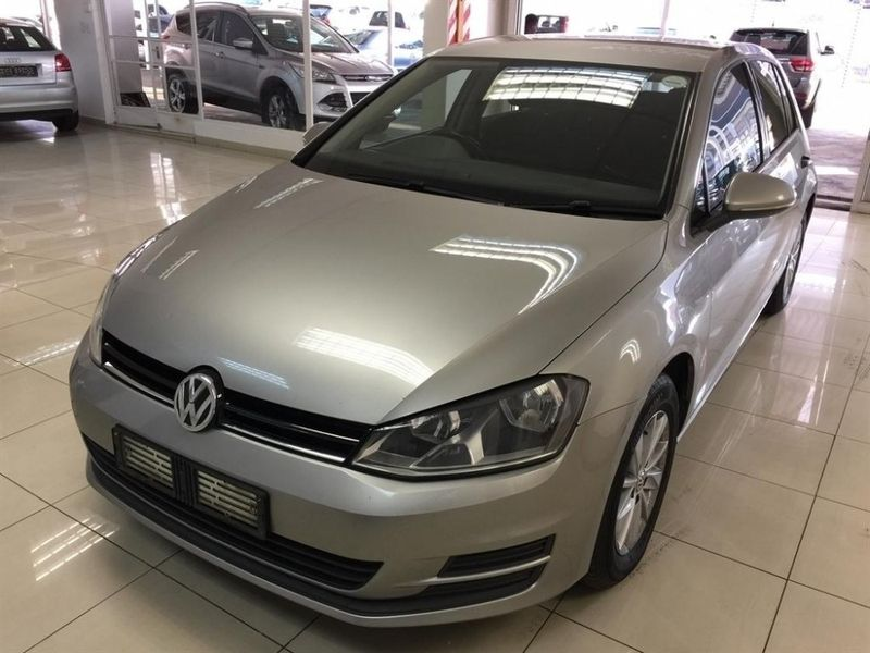 used volkswagen golf vii 1 4 tsi trendline for sale in gauteng id 813786. Black Bedroom Furniture Sets. Home Design Ideas