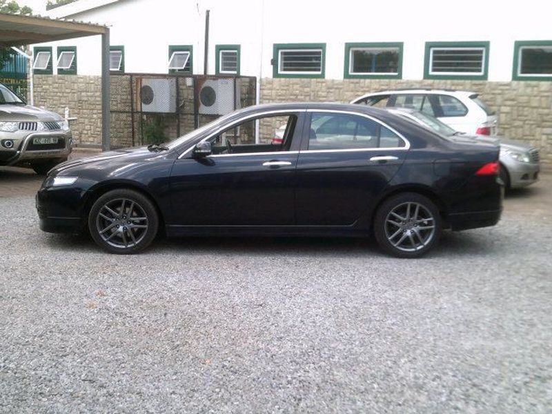 used honda accord 2 4 type s for sale in north west province id 956865. Black Bedroom Furniture Sets. Home Design Ideas