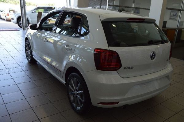 used volkswagen polo polo beats save r20 000 for sale in gauteng id 1799946. Black Bedroom Furniture Sets. Home Design Ideas